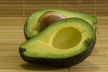 Avocado en popcorn in Coburgerham recept