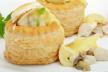 Kippensoep en pasteitje van kippenragout (Vid�e / Fideke) voor 6 personen recept
