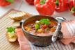 Rundvleesstoofschotel met ui en paprika recept