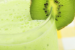 Kiwi smoothie recept