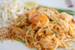 Mihoen shanghaimi (mihoen met hamlappen, garnalen en groenten) recept