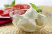 Sla met mozzarella kaas recept
