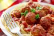 Italiaanse gehaktballetjes met gegrilde paprika recept