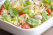 Zomerse pastasalade met frambozen recept