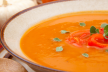 Pompoen-tomatensoep met witte boontjes recept