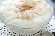 Rijstepap met rozijnen, geklopt eiwit en bruine suiker recept