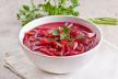 Aardappelsalade met bietjes en gerookte vis recept