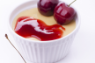 Vanillepudding met kersenpuree recept