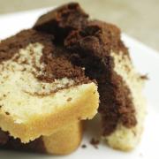 Honing marmer speltcake
