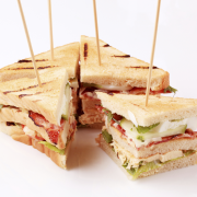 Rosbiefsandwiches voor high tea