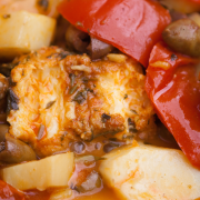 Tajine van kip met tomaten