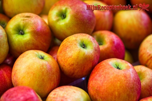 Appel-perencrumble in glaasjes recept