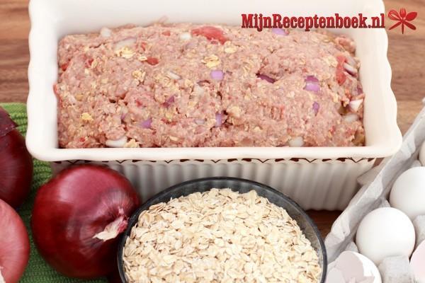 Gehaktbrood met peer en brie
