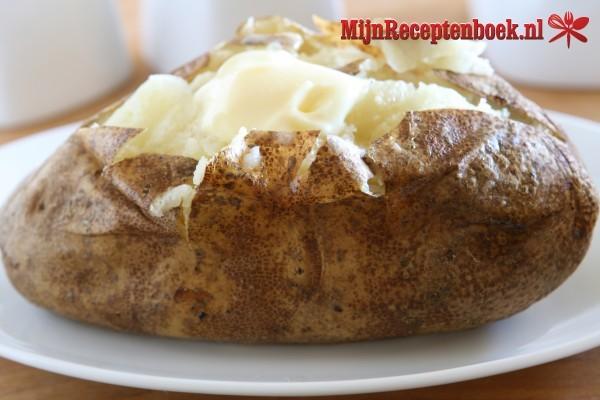 Gepofte aardappel met kaas