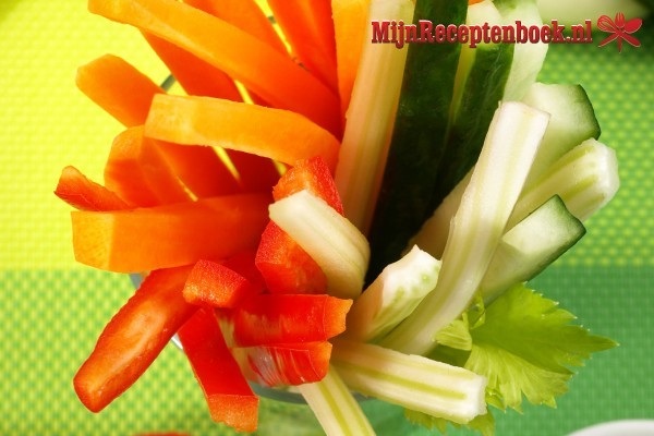 Lalab van taugé (groente gerecht van taugé)