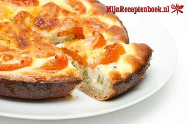 Hartige taart met courgette en tomaat
