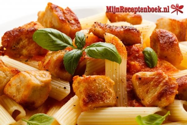 Kalkoenreepjes in Italiaanse tomatensaus