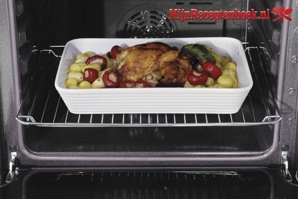 Zalmfilet met kruiden en tomaat uit de oven