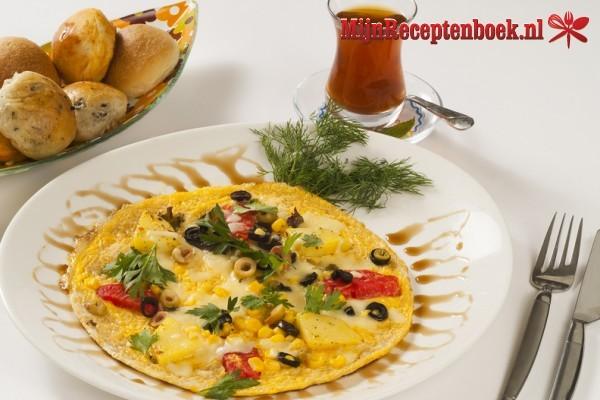 Omelet met garnalen en feta