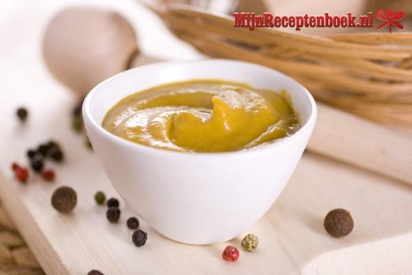 Scholrolletjes met mosterdsaus