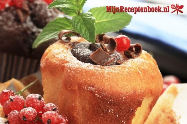 Muffins met ijs en chocolade