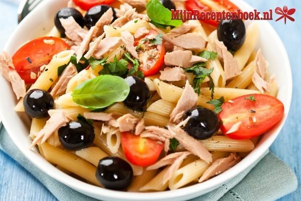Tonijn/wilde zalm pastasalade
