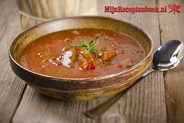Kalfsvlees met tomaten/gembersaus
