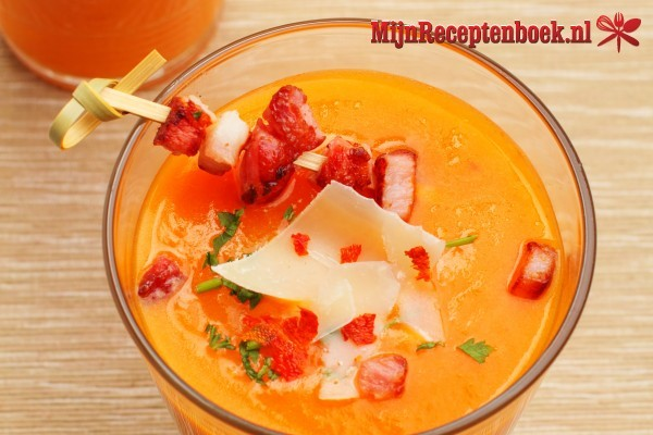 Aardappel tomaten soep