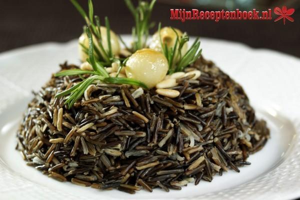 Anak domba Taoco (lamsvlees in een gebonden zwarte bonensaus)